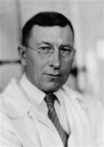 a photograph of Sir Frederick Banting